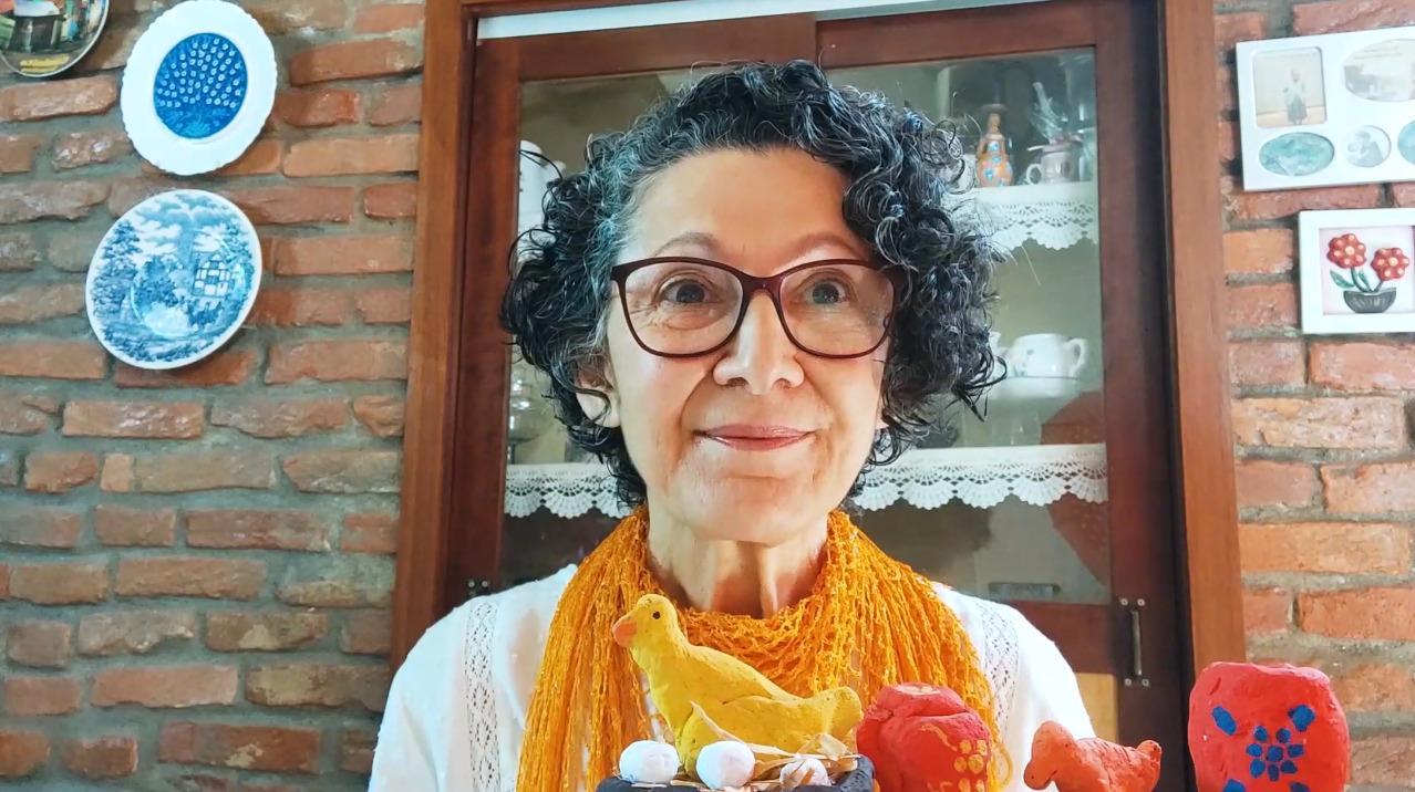 A arte de reinventar as histórias de família –  Delba Menezes